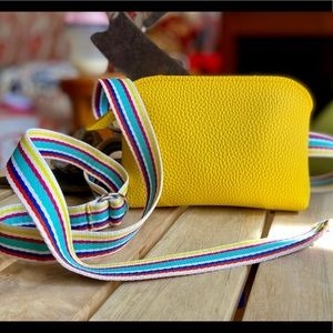 Adorable Nordstrom Sun Yellow Fanny Pack!